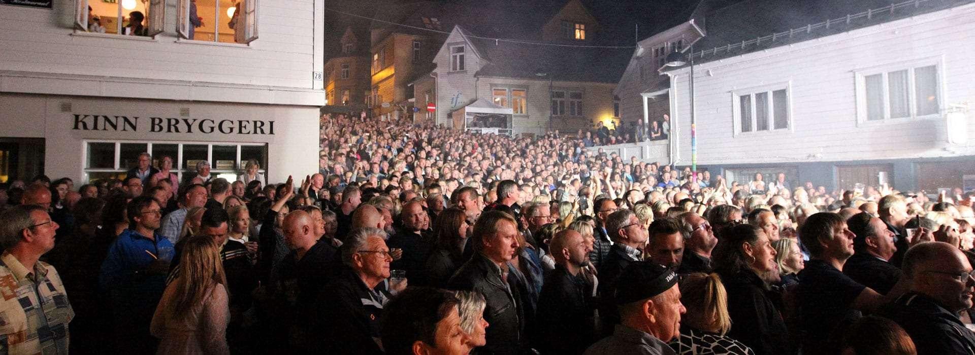 Konsert i Trovikbakken. Foto.